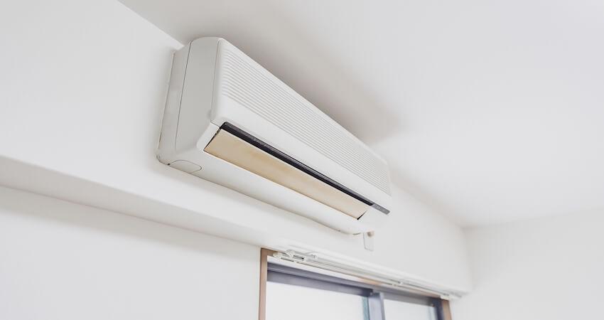 エアコンの位置